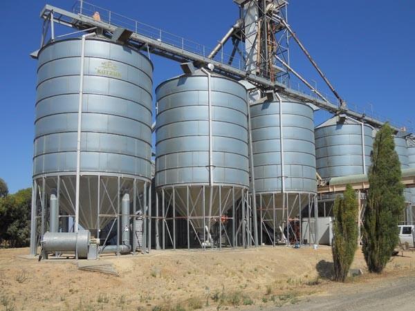 bank-4-silos